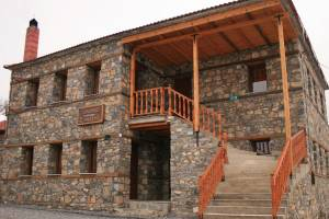 Photos, Siantsis Guesthouse, Kaimaktsalan, hotels, rooms, suites, guesthouses, accommodation, Palios Agios Athanasios